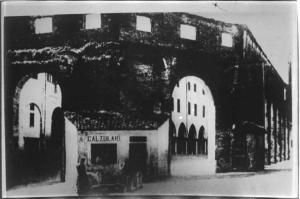 Esedra di Piazza Sordello prima della demolizione